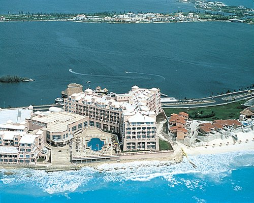 Gran Caribe Real Cancun