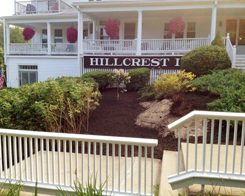 Hillcrest Condominiums