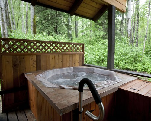 Glacier Wilderness Resort