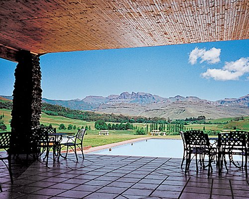 Bushman'S Nek Berg & Trout Resort