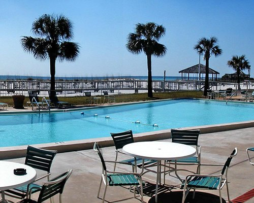 Holiday Beach Resort - Destin