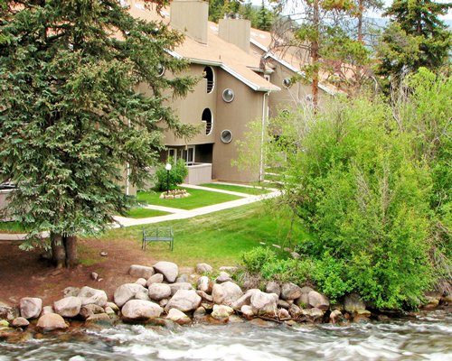 STREAMSIDE AT VAIL -...
