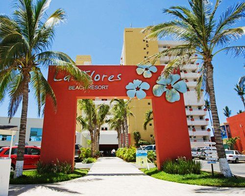 Las Flores Beach Resort