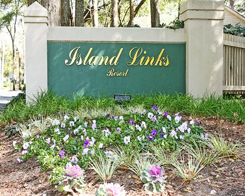 Island Links Resort