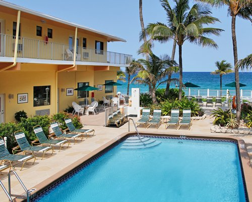 Windjammer Resort & Beach Club