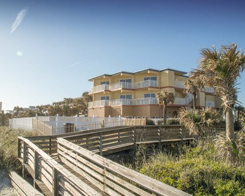 Sunisands at New Smyrna Waves by Exploria Resorts
