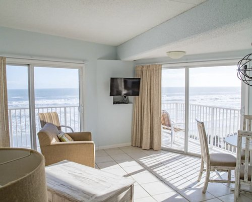 Sunisands At New Smyrna Waves Resort