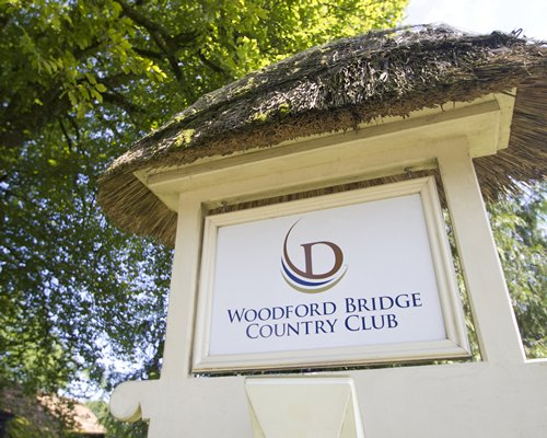 Woodford Bridge Country Club