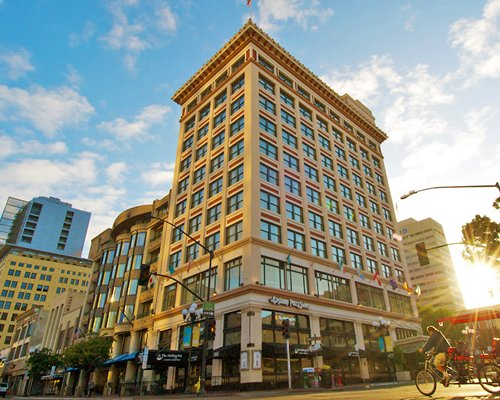 Gaslamp Plaza Suites | Armed Forces Vacation Club