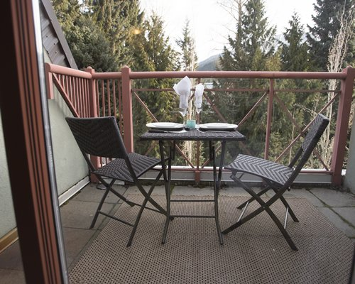 WHISTLER VACATION CLUB @ TWIN PEAKS