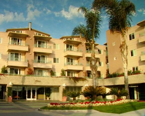 CARLSBAD SEAPOINTE RESORT, MANAGED