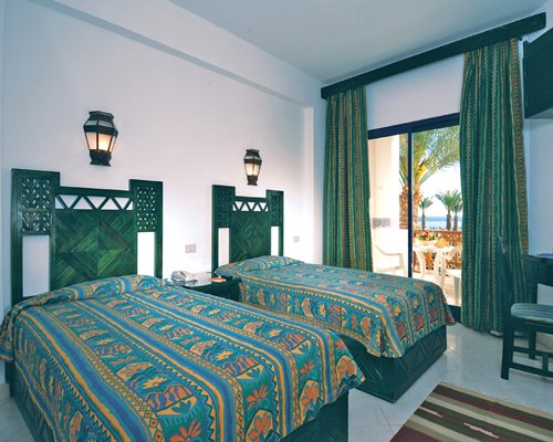 Shores Amphoras Resort