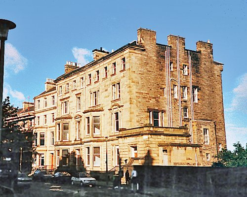 THE EDINBURGH RESIDENCE