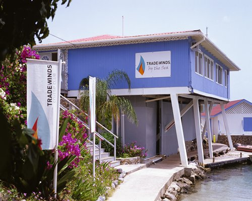 TRADEWINDS ST. VINCENT/GRENADINES