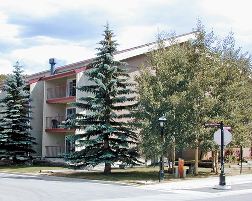 Alpenrose Condominiums