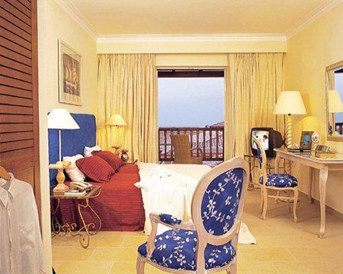Classical Vacation Club at The Marine Palace Suites