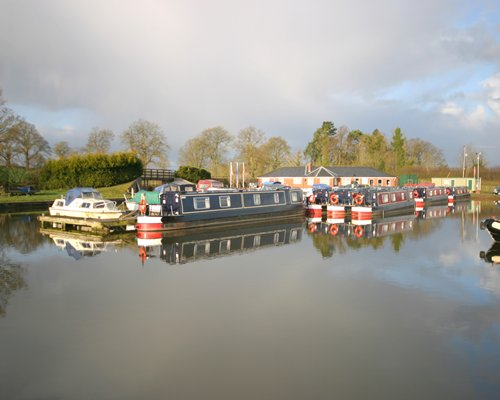 Canalboat Club at Blackwater Meadow