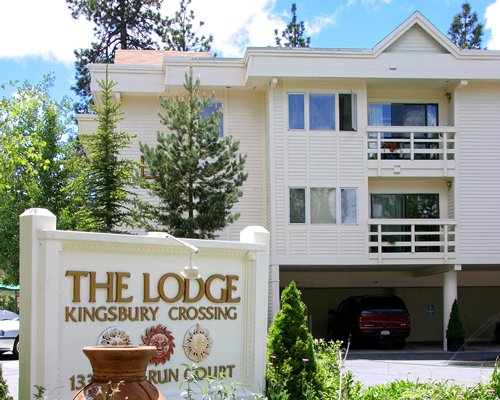 The Lodge at Kingsbury Crossing