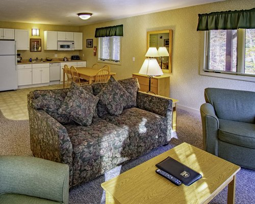 Suites At Attitash Mountain Village