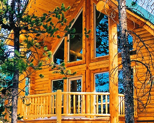 The Cabins at Bear R...
