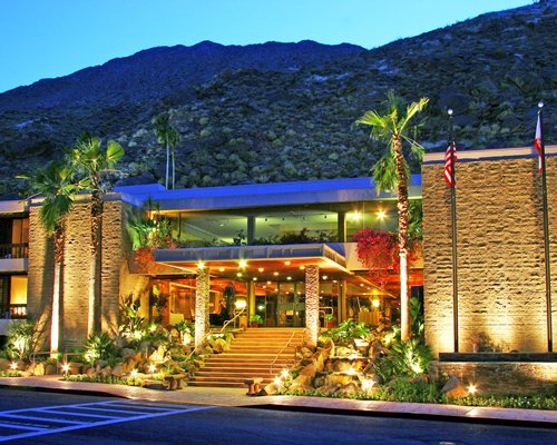 Sapphire Resorts @ Palm Springs