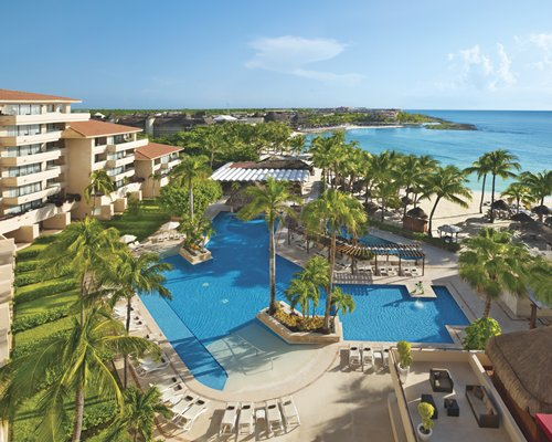 Dreams Puerto Aventuras Resort and Spa by UVC