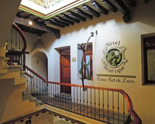 CASA CID DEL LEON(VACATION WORLD)