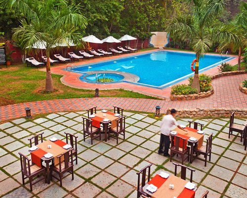 Sterling Goa - Villagio Inn