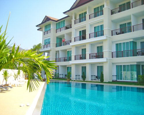 Taipan Resort & Condominium