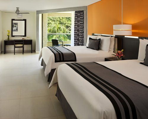 3 Night Dreams Huatulco Resort & Spa by UVC