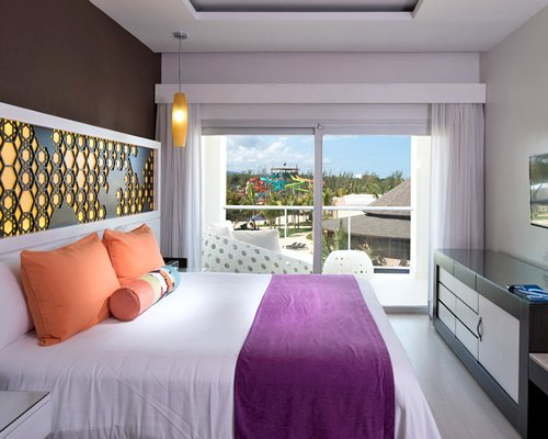 Royalton White Sands by TSVIP