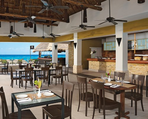 Sunscape Sabor Cozumel by UVC