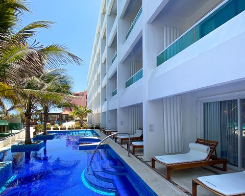 Hotel Flamingo Resort- Optional All Inclusive