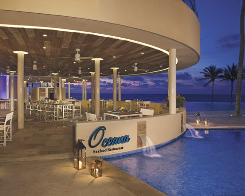 Dreams Riviera Cancún Resort & Spa by UVC