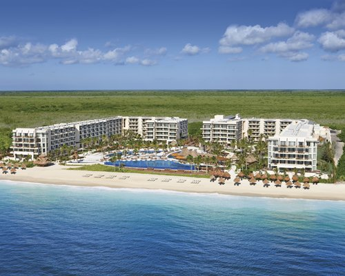 4 night DREAMS RIVIERA CANCUN RESORT by UVC