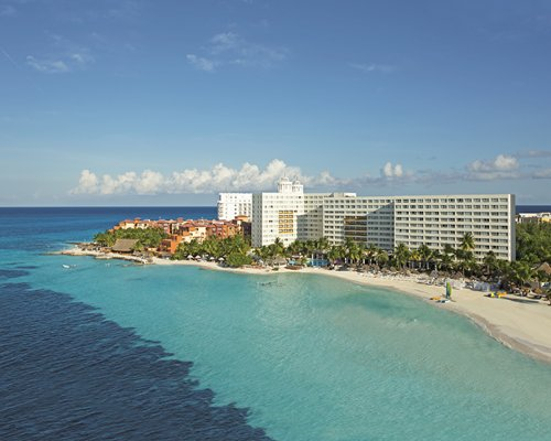 Dreams Sands Cancun Resort & Spa by UVC