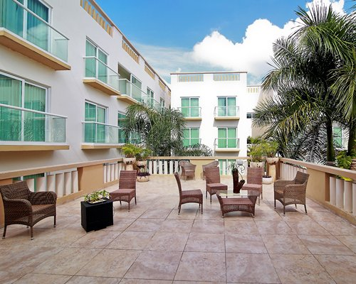 Wyndham Merida (DA34) -  4 Nights
