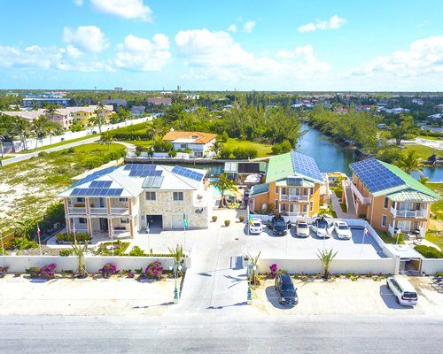 Seabreeze Vacation Villas And Marina