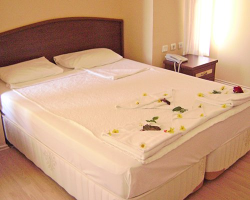AKAY GARDEN RESORT & SUITES