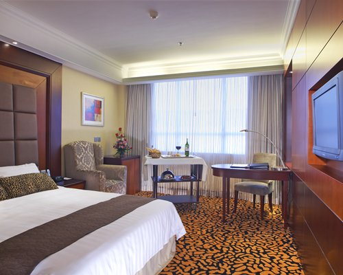 Metropark Hotel Kowloon Rental - 3 Nights