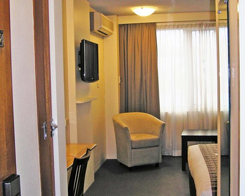 Quality Hobart Midcity Hotel (RA41)- 4 Nights