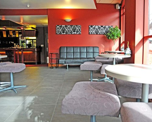 Quality Hobart Midcity Hotel - 4 Nights