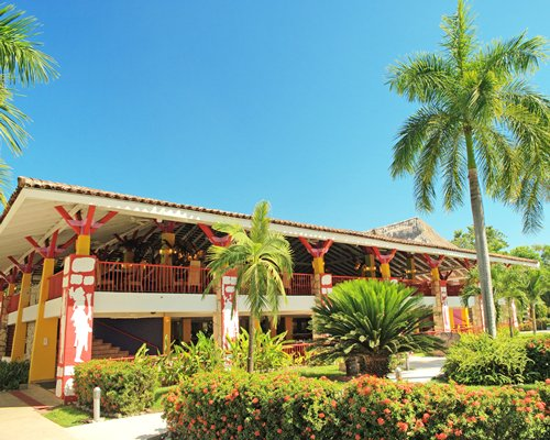 Royal Decameron Salinitas Lead