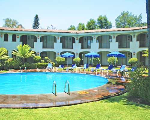 Guadalajara Plaza Express Lopez Mateos - 4 Nights