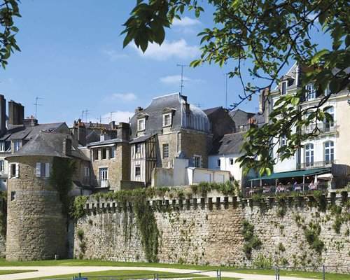 Appart 39 city confort vannes armed forces vacation club for Aparthotel bretagne