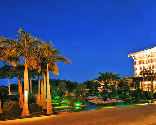 4Night HNA @ International Asia-PacificConvention Centre Sanya (8587)